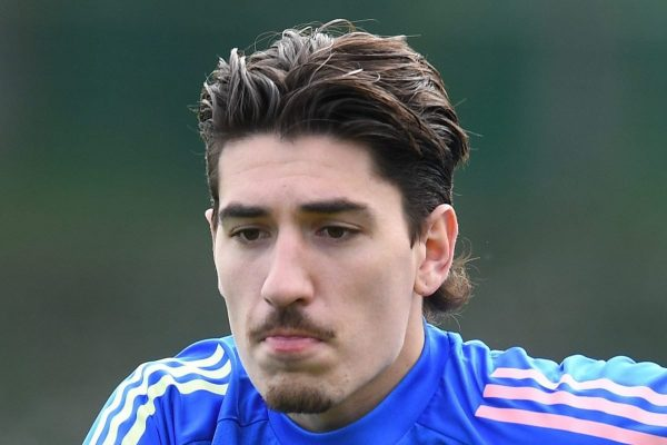 Bellerin informs Arsenal that wants to leave the team
